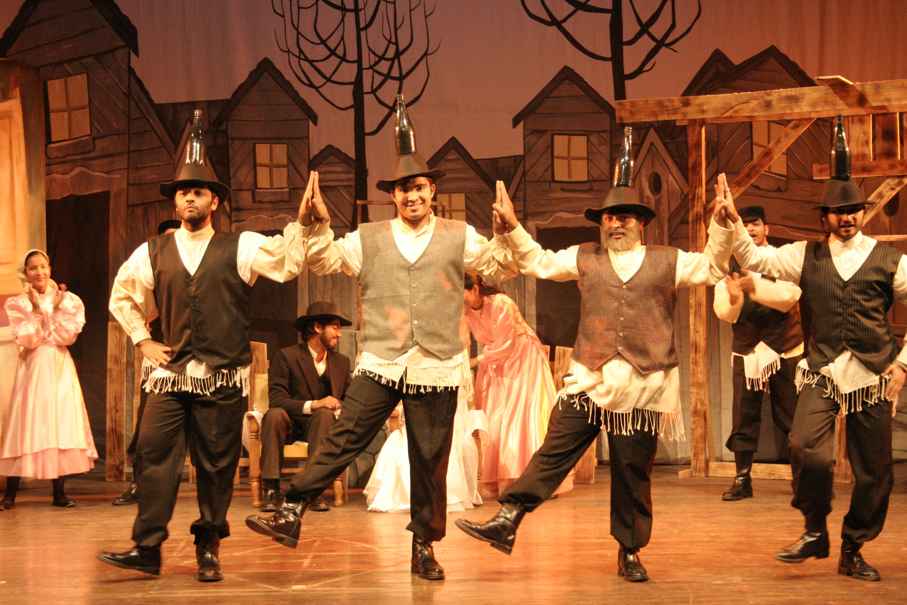 Bottle Dance from our musical FIDDLER ON THE ROOF (in hindi), 2007